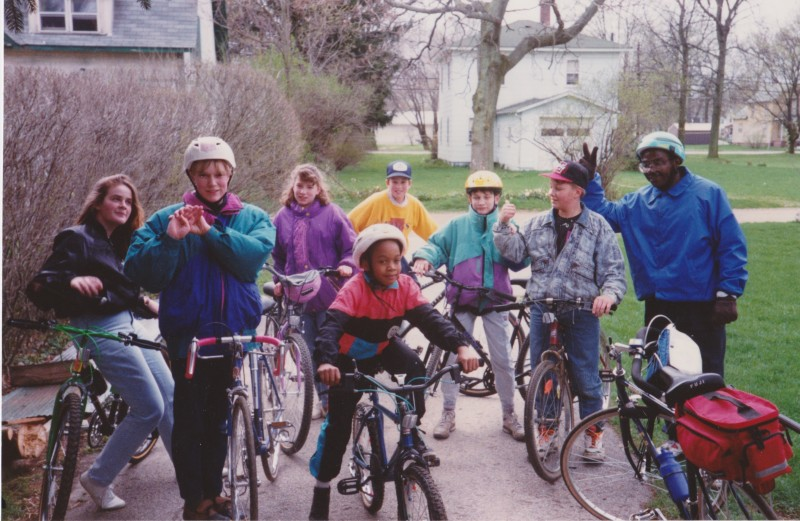 Group photo of another 4-H Bike ride